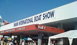 News/02/MiamiBoatShow2010_3nhp.jpg