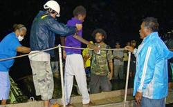 News/11/NaufraghiGuinea_nhp.jpg