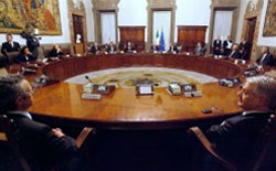 News/12/GovernoMonti.jpg