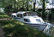 Le houseboat ormeggiano senza ancora